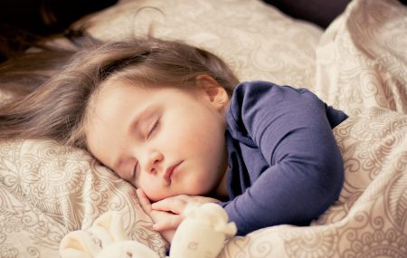 Most parents find sleep-training challenging. Not because the techniques are difficult but purely because they are required to be done at the end of a day, when you are physically, and emotionally spent, when a child is exhausted and ready for bed, and when patience is no longer in abundance.